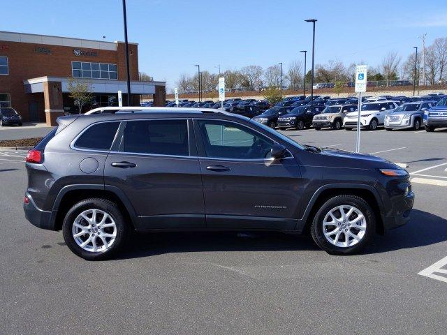Pre-Owned 2015 Jeep Cherokee FWD 4dr Latitude FWD Sport Utility