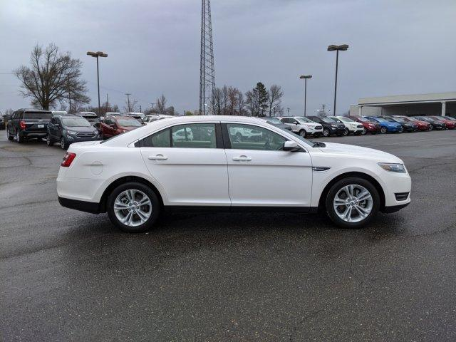 Pre-Owned 2017 Ford Taurus SEL FWD With Navigation
