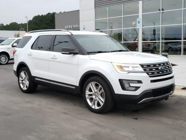 Pre-Owned 2016 Ford Explorer FWD 4dr XLT With Navigation