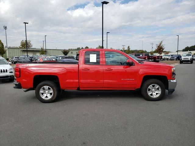Pre-Owned 2018 Chevrolet Silverado 1500 4WD Double Cab 143.5 LT w/1LT