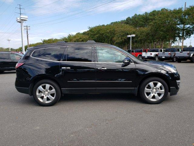 Pre-Owned 2017 Chevrolet Traverse FWD 4dr Premier FWD Sport Utility