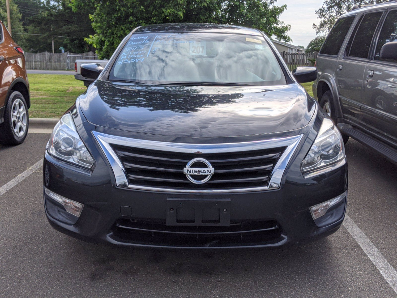 Pre-Owned 2013 Nissan Altima 2.5 SV FWD 4dr Car