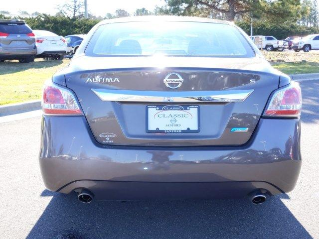 Pre-Owned 2014 Nissan Altima 4dr Sdn I4 2.5 S