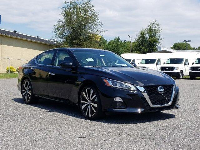 New 2020 Nissan Altima 2.0 Platinum Sedan