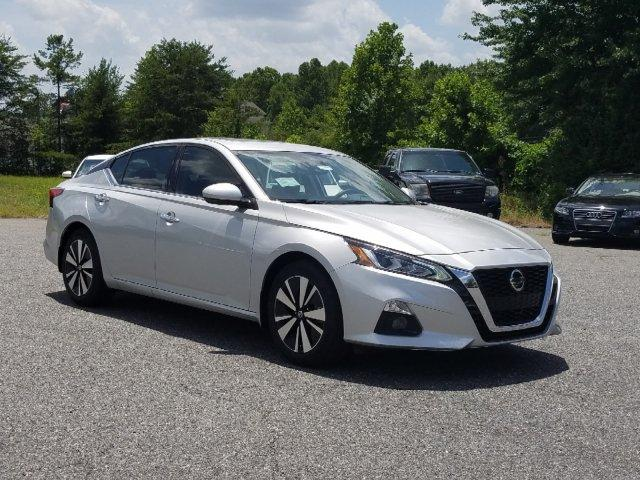 New 2019 Nissan Altima 2.5 SV Sedan