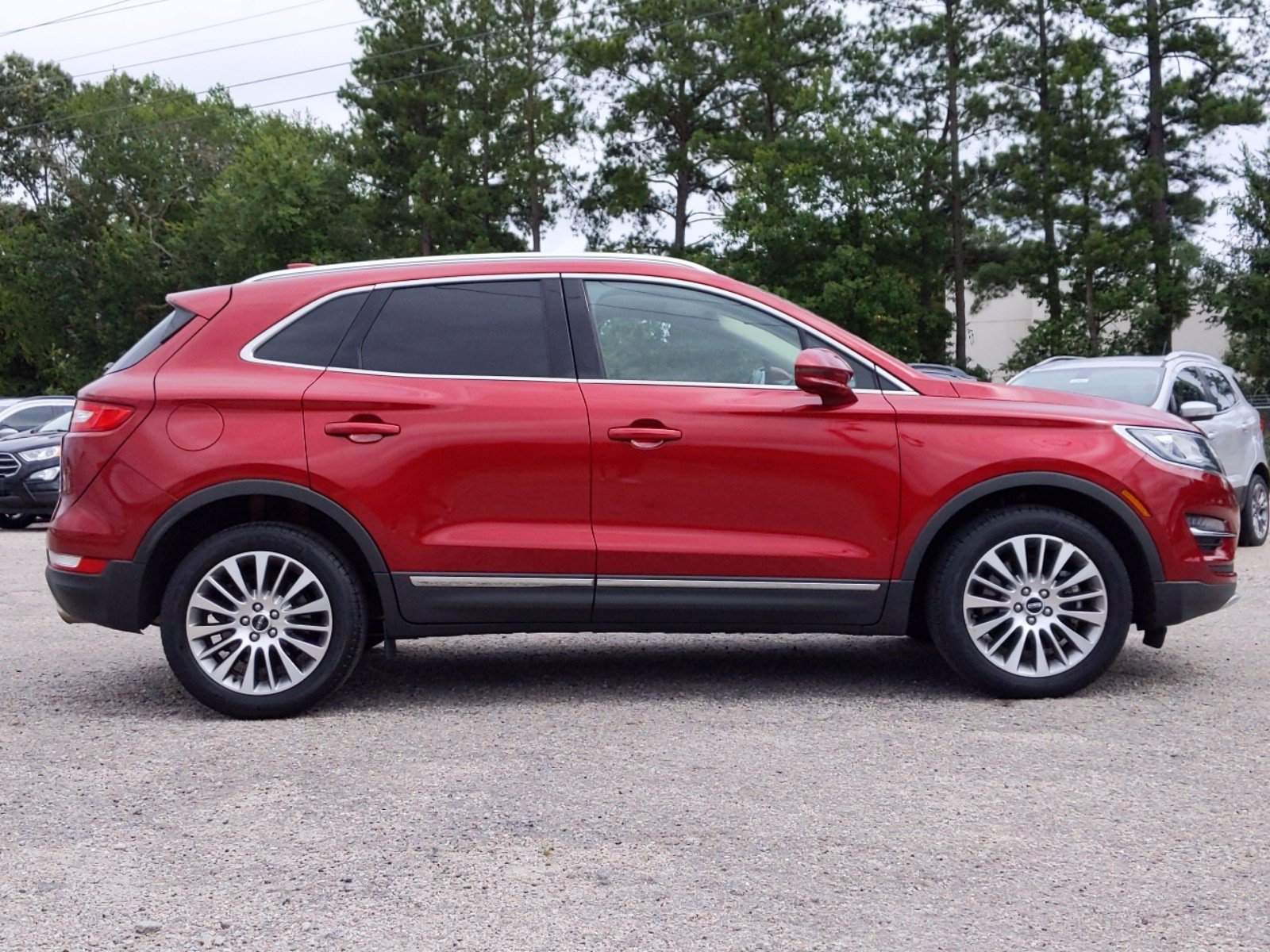 Pre-Owned 2017 Lincoln MKC Reserve With Navigation & AWD