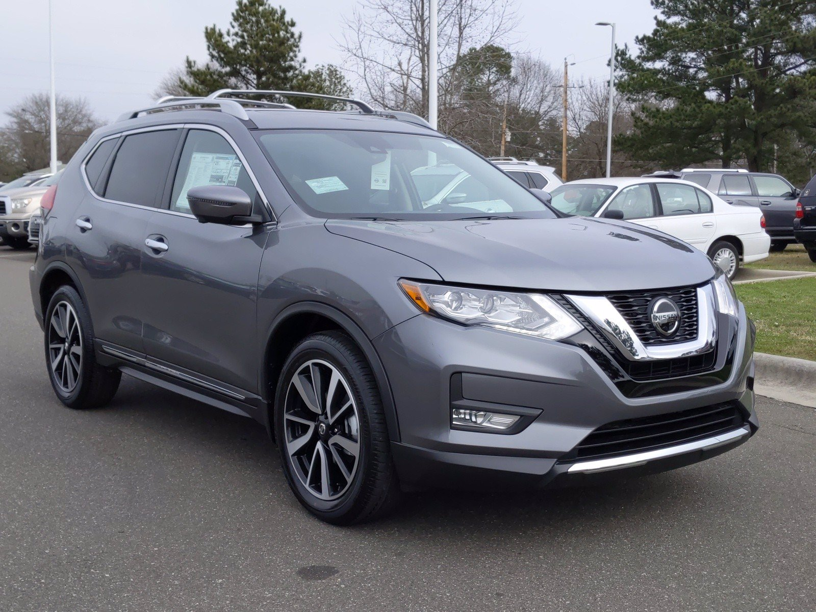 New 2020 Nissan Rogue SL With Navigation
