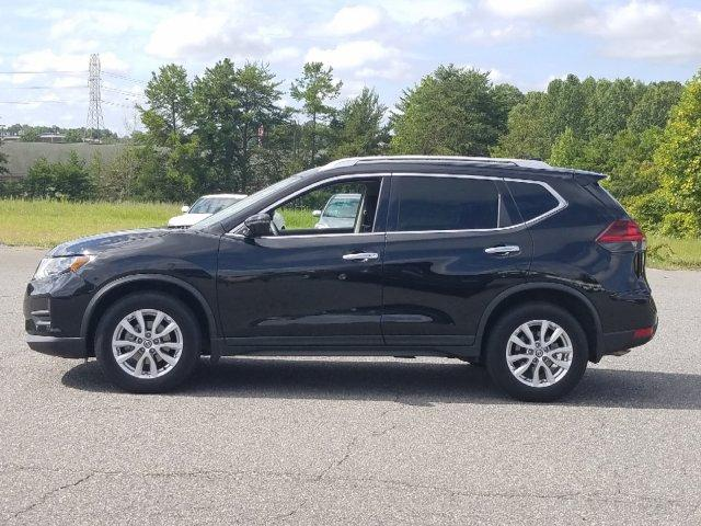 Certified Pre-Owned 2018 Nissan Rogue FWD SV